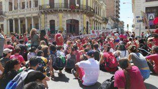 Contundente reclamo de la Asamblea por el Derecho a la Cultura de Paraná