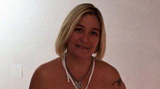 La secretaria Alejandra Gómez, representante de la entidad que jugará el certamen por primera vez.