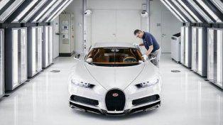El auto más potente del mundo se fabrica a mano, así es el proceso