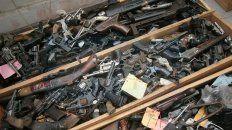 un arma incautada en tribunales se utilizo luego en un asesinato
