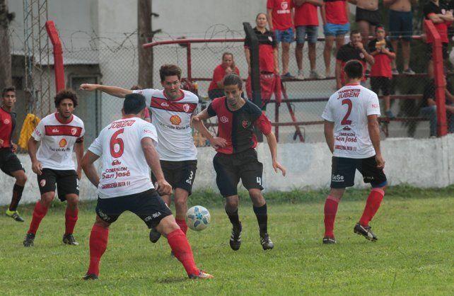 Palermo no pudo ante Atlético Valle María