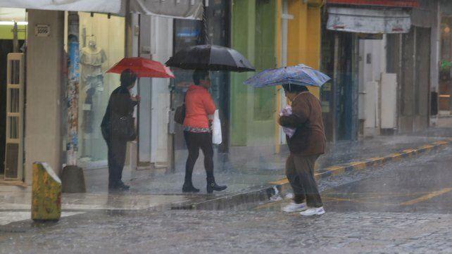 Sigue el mal tiempo con lloviznas y chaparrones en la provincia