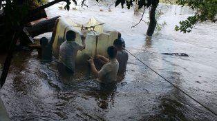Espera ayuda la familia de Talita que se quedó sin nada por el temporal