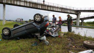 Volcaron en la Autovía 14: dos heridos