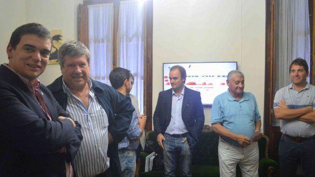 Firman primer boleto de compraventa para instalar empresa en el Parque Industrial de Nogoyá