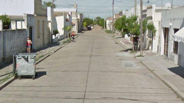 En esta calle de Gualeguay el agresor baleó a la mujer.