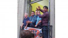 Suoyem. Brocado, Palacios y García, de izquierda a derecha.
