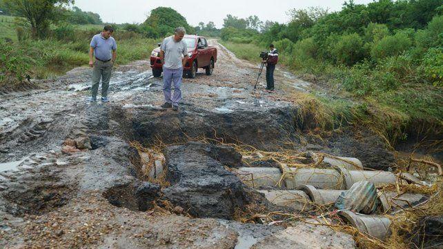 Extremo peligro. La ruta provincial 42 se volvió intransitable y presenta daños cuantiosos.