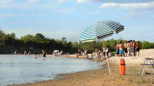 Belleza. El balneario Arenas Blancas, sobre el río Gualeguay es uno de los atractivos de Entre Ríos.