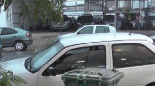 Dos niños encerrados en un auto movilizaron a la policía de Crespo
