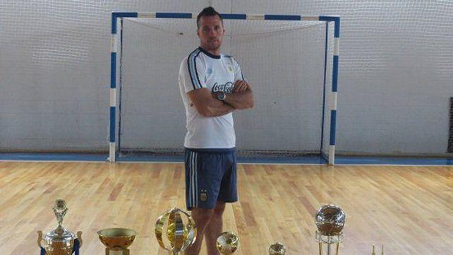 Diego Giustozzi entregó la lista de convocados para la Copa América
