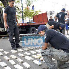 Por sorpresa. En febrero de 2015, Ayala cayó cuando iban a trasbordar droga a un auto, en Urquiza y Ramírez de Paraná.