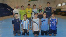 Los juveniles del PRC ayer entrenando en las instalaciones del Berduc donde se juega el certamen.