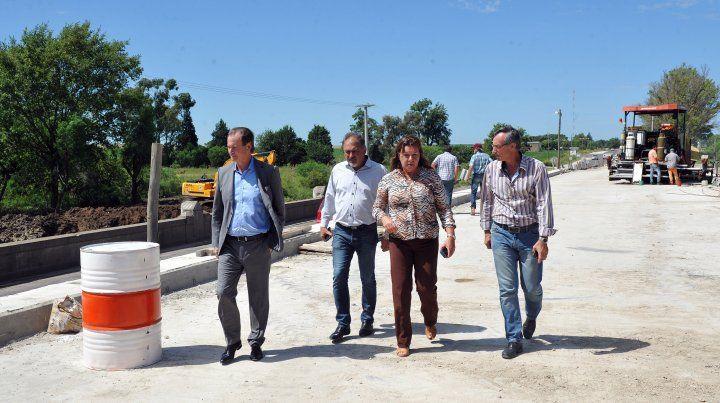 Bordet recorrió los trabajos en la ruta provincial Nº 11