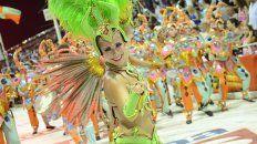 el carnaval del pais reunio a 25 mil personas en gualeguaychu