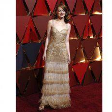 Emma Stone. fiel a su estilo con una estética vintage de la última colección de Givenchy