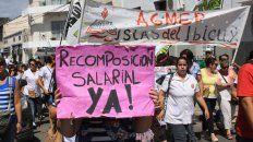 el gobierno defendio el control del ausentismo de docentes por el paro