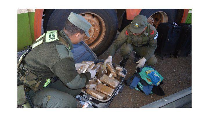 Gendarmería secuestró 22 kilos de marihuana procedente de Misiones
