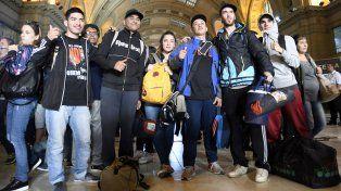 Fans del Indio Solari empiezan a llegar a sus respectivos hogares