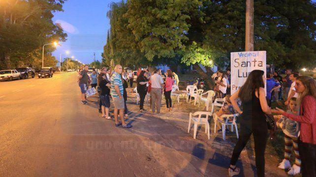 Vecinalistas de Paraná protestaron en Avenida de las Américas