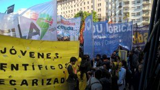 El conflicto docente se extiende a las universidades: pararán 48 horas