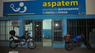 El frente. La Asociación Paranaense se encuentra ubicada Fray Mamerto Esquiú 860 de la capital entrerriana.