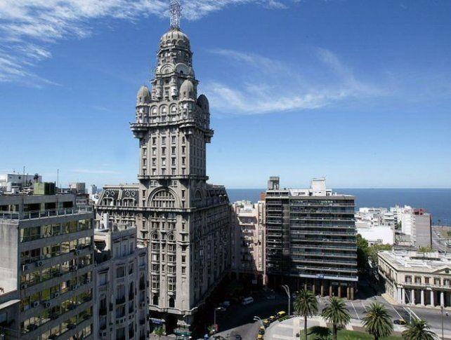 Una toma de Montevideo desde las alturas.