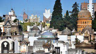 Invitación. El Cementerio Municipal de Paraná es uno de los edificios que se podrán recorrer.