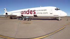 el gobierno oficializo la concesion de rutas aereas a aerolineas low cost