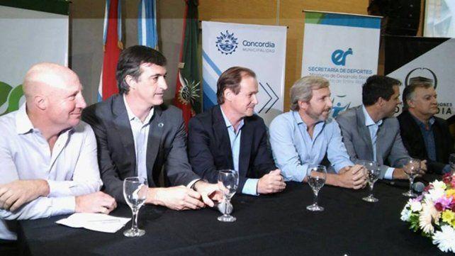 En Concordia, Frigerio defendió que la Nación no convoque a paritaria docente