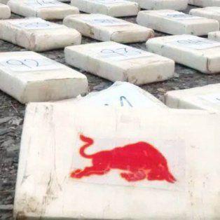 Llevaban 117 kilos kilos de cocaína en el chasis de una camioneta