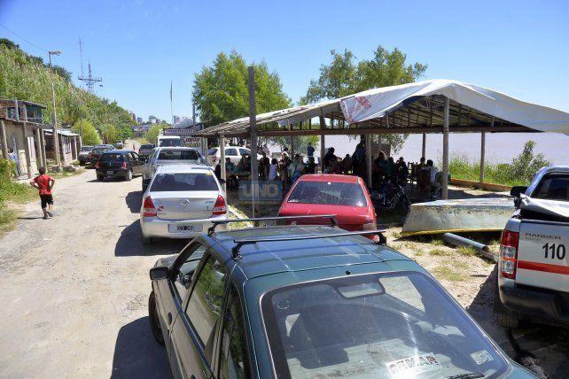 Los comedores de Puerto Sánchez tuvieron una buena concurrencia de comensales. FotoUNOMateo Oviedo.