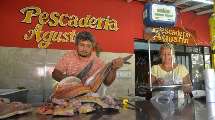 El pescado se vende bien todo el día. FotoUNOMateo Oviedo.