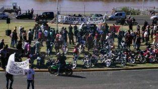 Moteros protestaron contra la nueva Ley de Tránsito en la costanera