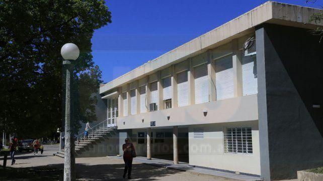 Hospital Escuela de Salud Mental de Paraná.