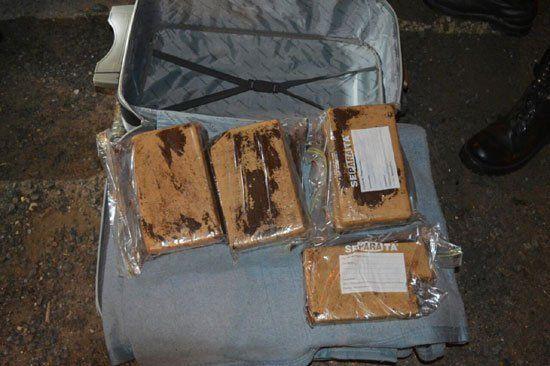 Detectaron droga en una valija, en un micro