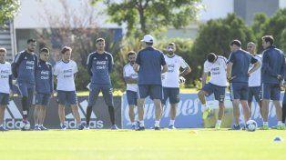 La Selección se entrenó con 16 futbolistas