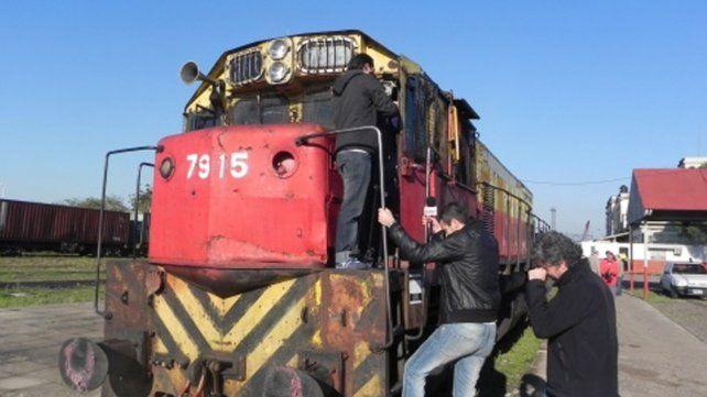 Ferroviarios se reunirán el miércoles para definir acciones ante despidos de trabajadores