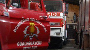 Bomberos de Gualeguaychú fueron a apagar un incendio y les tiraron piedras