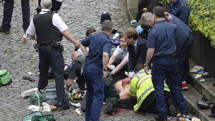 Ataque frente al Parlamento de Londres: cuatro muertos y varios heridos