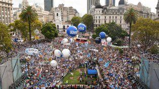 La multitudinaria marcha docente, en fotos