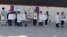 Protagonistas. Los niños realizaron distintas actividades en los festejos por los 99 años.