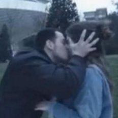 Condenaron a un youtuber que besaba a mujeres sin su consentimiento
