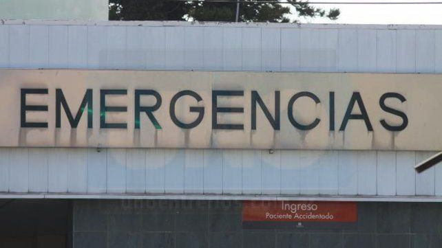 Un policía fue internado luego de ser atacado por un joven a la salida de un boliche
