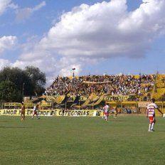 Atlético Paraná se hunde en la zona roja