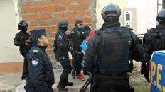 No era. Con fuerte presencia policial habían detenido al inocente 12 días después del crimen.