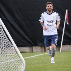 La FIFA sancionó duramente a Messi y no podrá jugar con la Selección por cuatro partidos