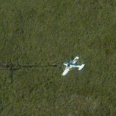 Investigan si la avioneta hallada en Corrientes es la sustraída en Victoria