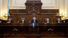 la corte comienza a aplicar la ley que prohibe el 2x1 a represores