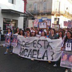Hubo una multitudinaria marcha en Paraná por la aparición de Micaela García